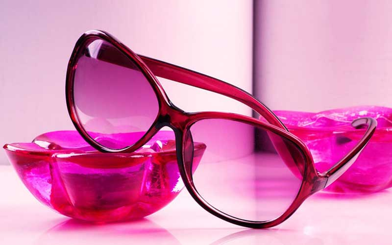 df36fa55ce How To Choose The Right Colour For Your Glasses